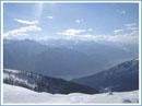 montagnes enneigées – bénéfices de la lumière du soleil