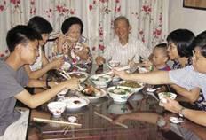 l'heure du repas en famille